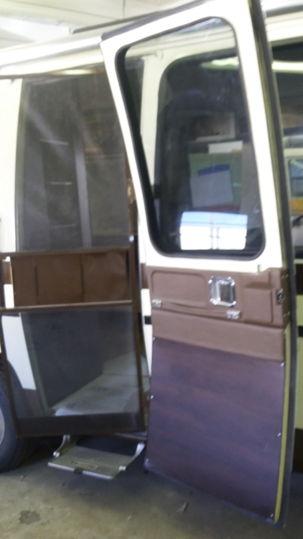 Gmc Motorhome Entry Door Trim Out